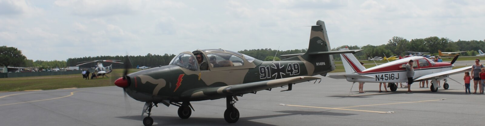 Airplane on tarmac at Wings Over Suwannee